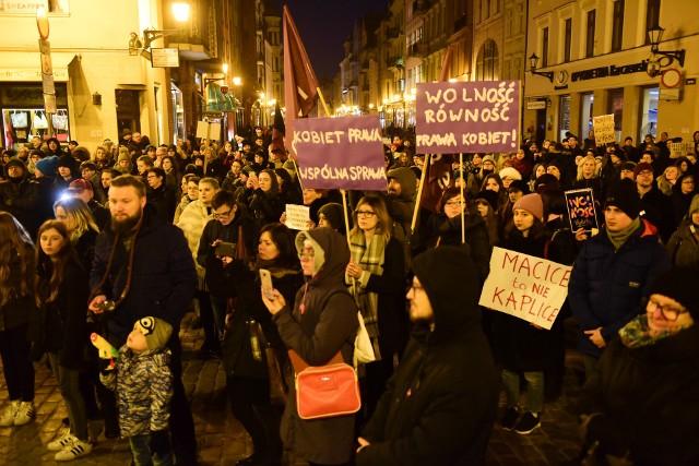 Czarny piątek w marcu bieżącego roku w Toruniu