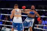 Kajetan Kalinowski wygrał przez nokaut w pierwszej rundzie z Igorem Jakubowskim. Zobacz zdjęcia