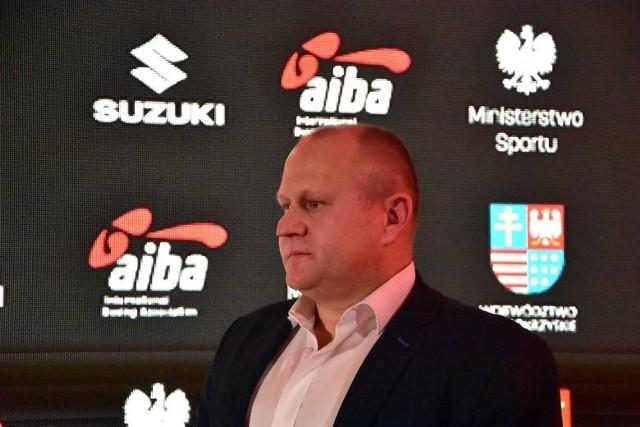 Prezes Polskiego Związku Bokserskiego Grzegorz Nowaczek liczy na to, że mistrzostwa będą stały na wysokim poziomie. I zapewnia, że zostaną przeprowadzone z zachowaniem reżimu sanitarnego.