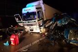 Śmiertelny wypadek na autostradzie A1 niedaleko węzła Brzeziny. Zderzenie dwóch tirów [FOTO, FILM]