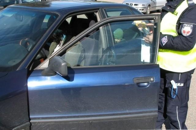Policjanci skontrolowali 250 aut