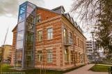 Kiedyś była tu szkoła, w której uczył się Ryszard Kaczorowski. Kamienica przeszła metamorfozę