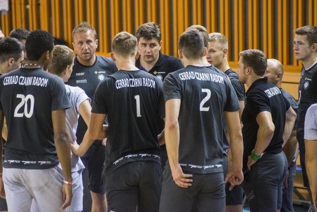 Cerrad Czarni zagrają w środę, 31 sierpnia, sparing we własnej hali z AZS Politechniką Warszawską.