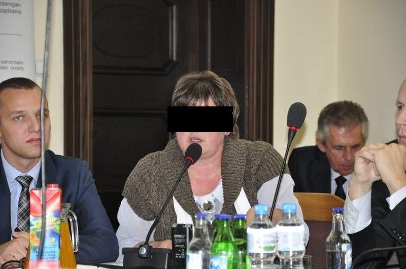 Sabina R. już wielokrotnie musiała się tłumaczyć władzom miasta (na zdj. wiceprezydent Paweł Rams) a także opinii publicznej z tego, co dzieje się w szkole.