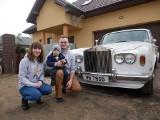 Mikołaj Karelus, dwulatek z Białegostoku, dostał Rolls Royce'a! Auto trafi na licytację, by wspomóc jego leczenie