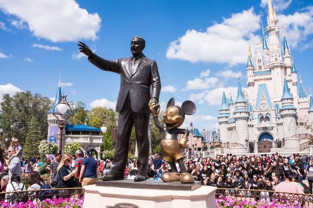 """Wytwórnia Walta Disneya pożegnała swoją """"legendę""""."""