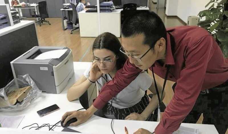 Na stażu Julia dowiedziała się, czym są struktury, organigramy, procesy, analizy. Zobaczyła, jak wygląda praca na produkcji wyposażonej w nowoczesne maszyny i jak funkcjonują poszczególne działy firmy.
