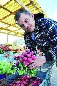 – Wzrostu cen warzyw na razie nie widać – twierdzi Michał Rugień, handlujący na giełdzie przy ul. Andersa