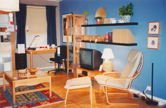 W Krakowie sklep IKEA otwarto w 1998 roku. Tak wyglądała ekspozycjaZobacz kolejne zdjęcia. Przesuwaj zdjęcia w prawo - naciśnij strzałkę lub przycisk NASTĘPNE