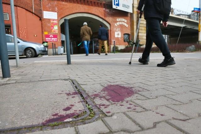 Pan Chensheng Li został zaatakowany i dotkliwie pobity w pobliżu nasypu kolejowego przy ul. Świdnickiej
