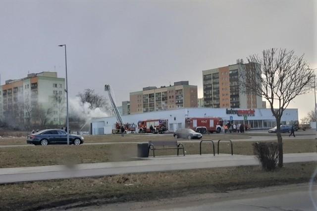 W Dąbrowie Górniczej wybuch pożar w markecie Intermarche