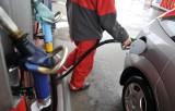 Drastyczny wzrost cen na stacjach benzynowych. Na Wielkanoc paliwo stanieje? Szansa jest, ale...