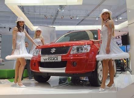Nowa grand vitara niebawem pojawi się w salonach. Model z silnikiem 1,6 litra o mocy 106 KM będzie kosztował od 72.900 zł.