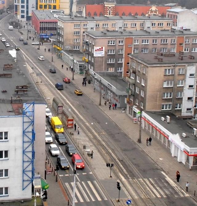 Czy ul. Sikorskiego zamieni się w deptak, pokażą badania ruchu w mieście i publiczne debaty, jakie w grudniu urządzi magistrat