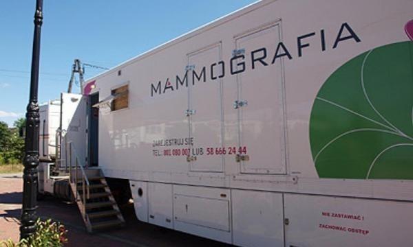 Kobiety w wieku od 50 do 69 lat będą mogły bezpłatnie wykonać mammografię piersi.