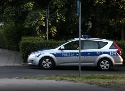 Policjanci wystawiali mandaty także za prowadzenie rozmowy przez telefon w trakcie jazdy.