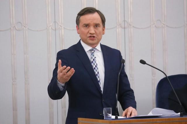 KE wnosi o kary dla Polski. Ziobro: To zamach na polski porządek prawny