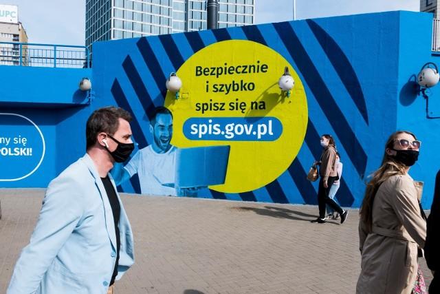 Zdecydowana większość Polaków preferuje formę samospisu internetowego (78 proc.), a 7 proc. badanych chce się spisać poprzez infolinię.
