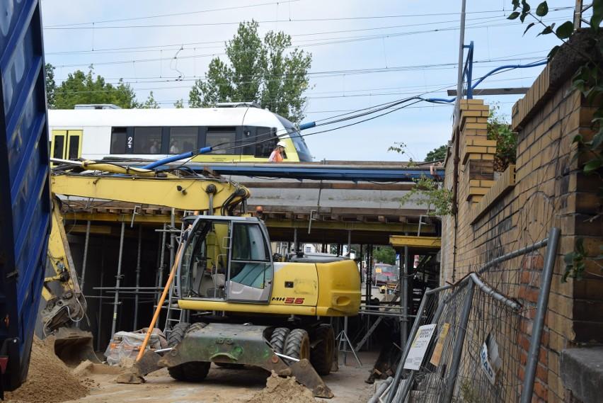 Przebudowa wiaduktu kolejowego nad ulicą Batorego w Zielonej...