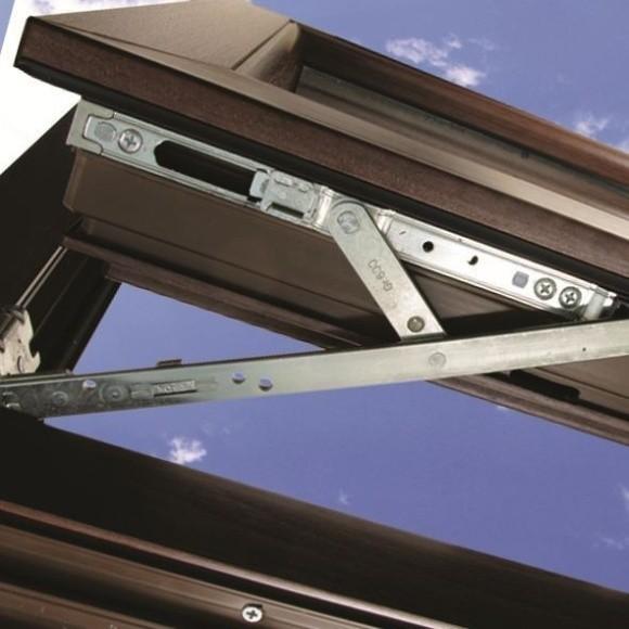 Okucia okiennePoza prawidłową konserwacją okien, należy dobrze się z nimi obchodzić.
