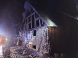 Pożar w Dobrzycy.  Paliła się stodoła [ZDJĘCIA]