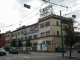 Modena na Jeżycach sprzedana - teren po zakładach odzieżowych kupił deweloper z Warszawy. Zbuduje tu nowe bloki