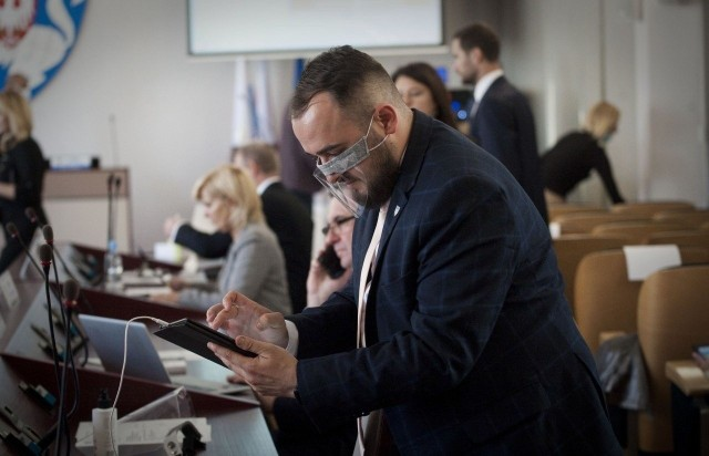 -Tak, zamierzamy ściśle współpracować z prezydentem Piotrem Jedlińskim, co oczywiście nie wyklucza także współpracy z innymi klubami - zapowiada radny Błażej Papiernik.