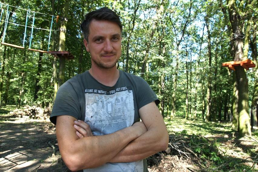 Łukasz Hendel prowadzi w powiecie nowosolskim
