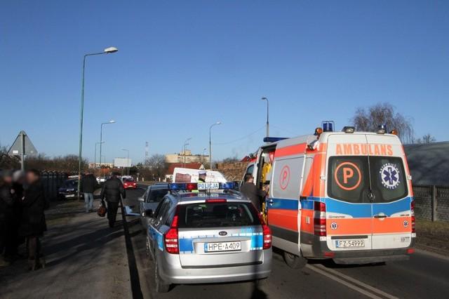 Na miejscu wypadku szybko zjawiły się służby ratunkowe.