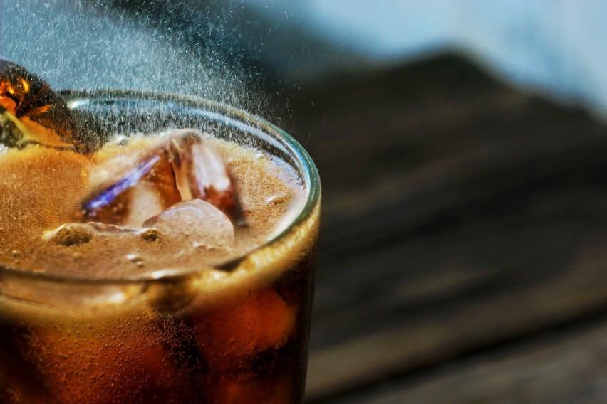 Domowa cola to przepis, którego wykonanie na pewno...