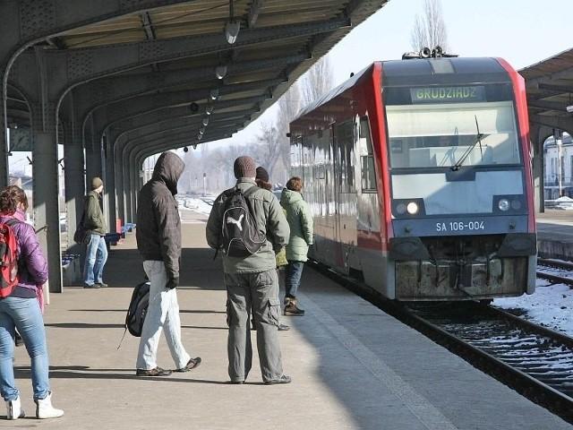 Od 13 grudnia 2020 roku obowiązuje nowy rozkład jazdy pociągów. Wiele pociągów na Kujawach i Pomorzu znika lub zniknie....