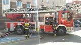 Akcja straży pożarnej na Bojarach. Z bloku przy ul. Sobieskiego odpadała blacha [ZDJĘCIA]