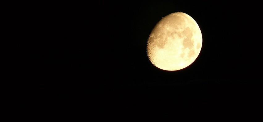 Dlaczego człowiek już nie lata na Księżyc i kiedy się to zmieni? Odpowiada ekspert z Centrum Nauki Kopernik