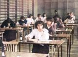Stare zdjęcia z matur w Golubiu-Dobrzyniu. Zobacz archiwalne zdjęcia w kolorze [galeria]