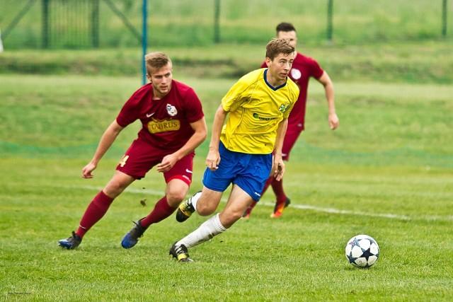 GeoEko Ekoball Stal Sanok pokonał u siebie Rzemieślnika Pilzno 1:0. Jedynego gola w meczu zdobył w 81. minucie Bartosz Sieradzki.
