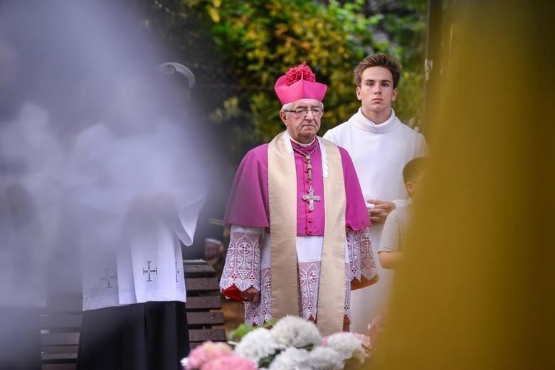 Arcybiskup nie potraktował poważnie wyliczeń Wirtualnej...
