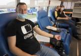 Udana zbiórka krwi w Leroy Merlin w Radomiu. Chętni czekali w kolejce. Będą kolejne akcje (WIDEO, ZDJĘCIA)