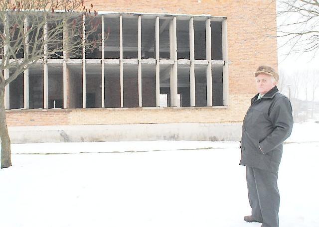 - Ten budynek się marnuje - mówi Zygfryd Jabłoński, mieszkaniec Radzynia