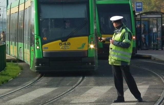 Ruch tramwajowy był wstrzymany przez blisko 20 minut.