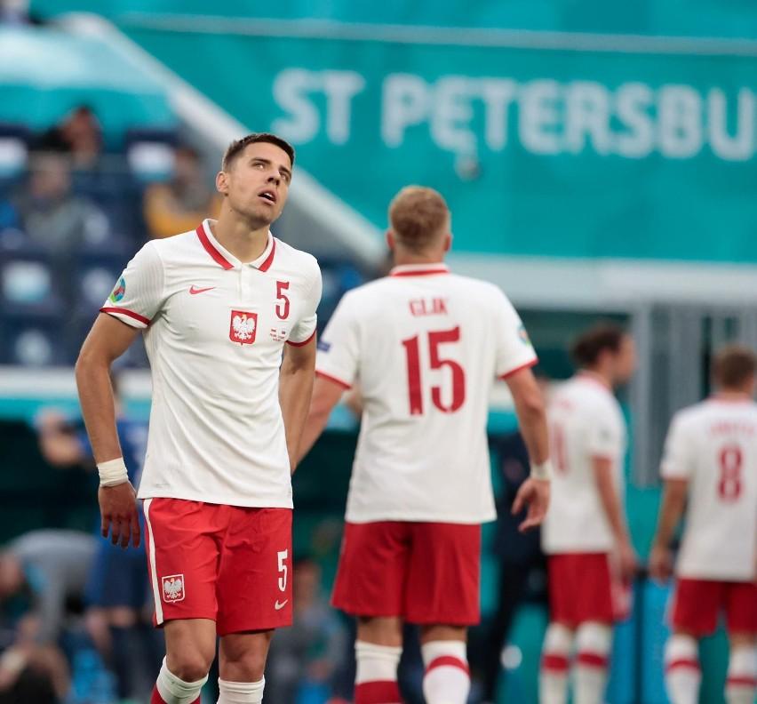 Nie milkną echa po pierwszym meczu Polaków na Euro 2020....