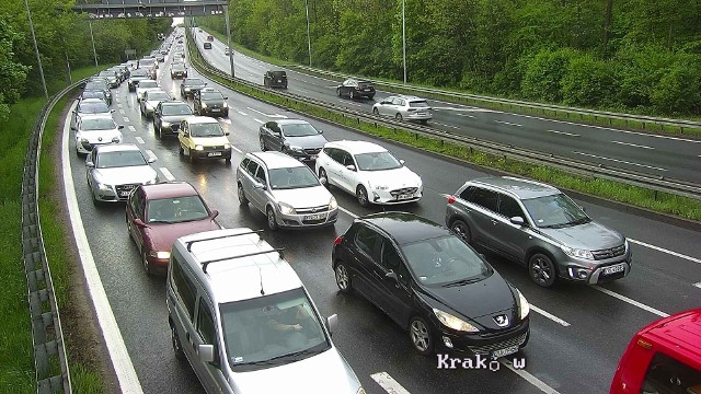Korki w Krakowie i na obwodnicy (A4) Krakowa są dziś ogromnym problemem