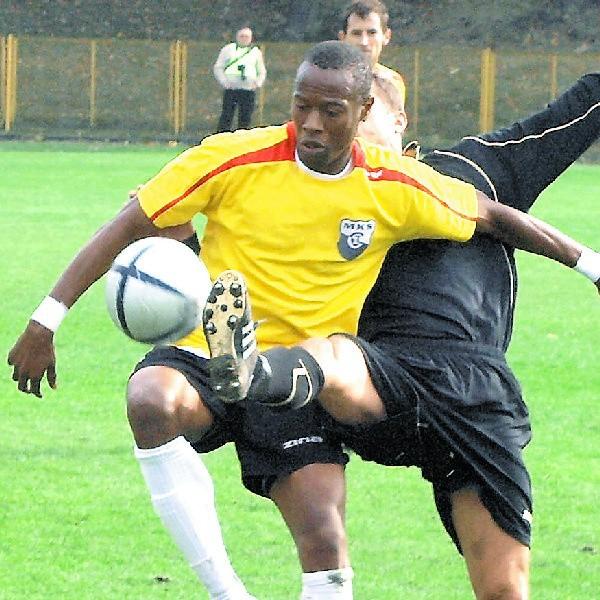 Paschal Ekwueme strzelił w tym sezonie 9 goli. Kolejne będzie zdobywać dla Olimpii Grudziądz.