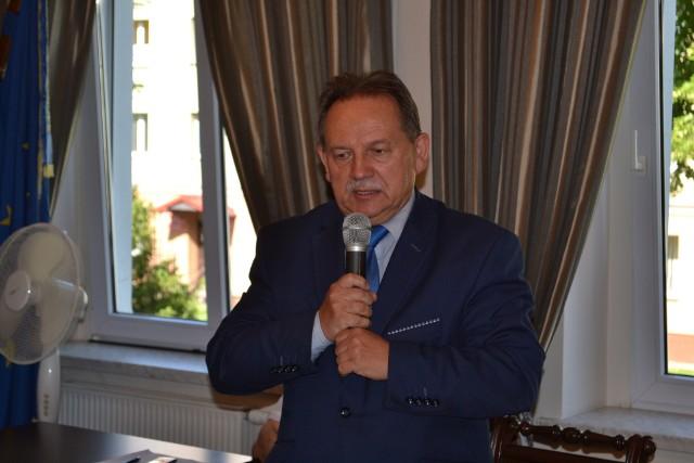 Edward Maniura