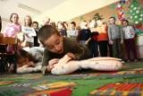 Dzieci z podstawówki potrafią udzielić pierwszej pomocy. Pokażą to na WOŚPie. (wideo, zdjęcia)