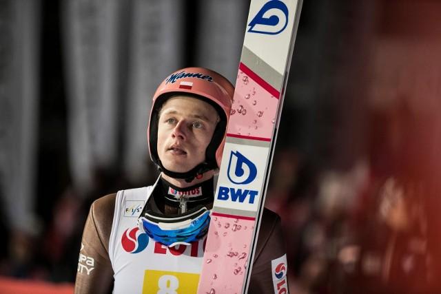 Dziś w norweskim Trondheim odbędzie się kolejny konkurs skoków narciarskich zaliczany do cyklu RAW AIR. Na dz.pl przeprowadzimy dla Państwa relację na żywo z zawodów.