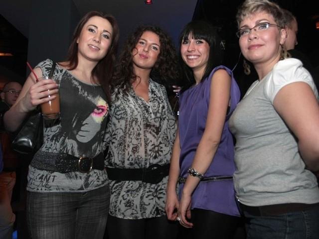 Piątkowa noc w klubie Chilli-RzeszówPiątkowa noc w klubie Chilli w Rzeszowie