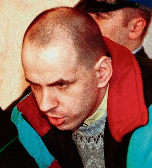 """Być może Pękalski nie popełnił tych wszystkich zbrodni, które mu """"przypinali"""", ale nie należy robić z niego skrzywdzonego przez los, upośledzonego niewiniątka - przestrzega anonimowa policjantka"""