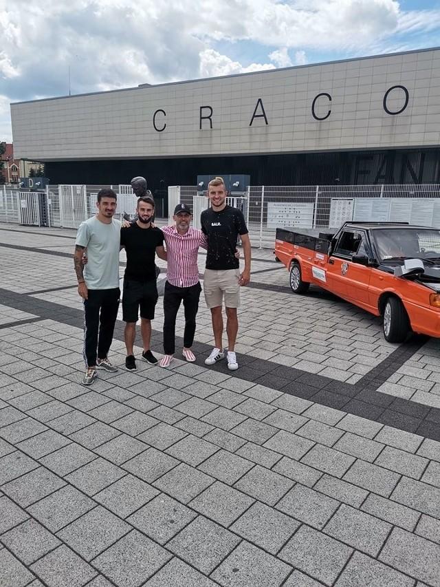 Piłkarze Cracovii chcą pomagać