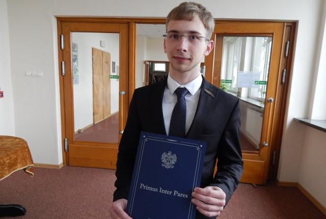 Michał Kopka zdobył nagrodę dyrektora dla najlepszego ucznia.
