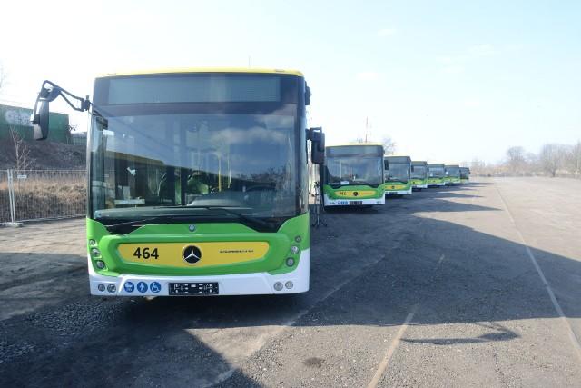 Do nowych spalinowych przebugowców dołączą wkrótce elektryczne autobusy. Od 1 września będą wozić uczniów za darmo